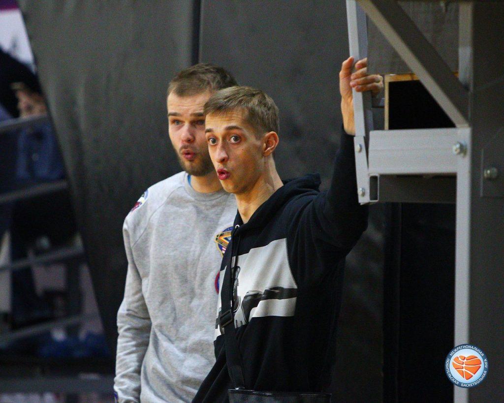 Дмитрий Хвостов (Локомотив-Кубань) на игре МЛБЛ-Москва 7 тура сезона 2017/2018